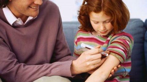 چگونه علائم و نشانه های دیابت در نوجوانان را بشناسیم