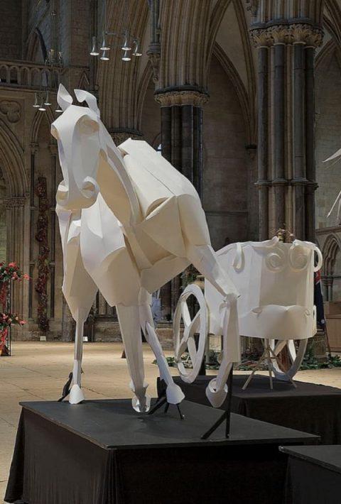 اسب های باشکوه کاغذی