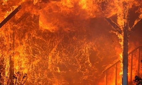 زیبایی ترسناک از آتش سوزی!