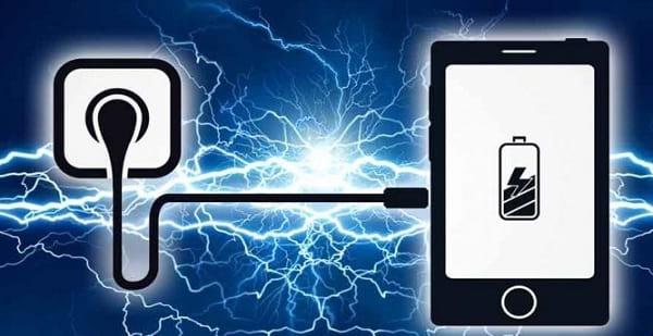 هرگز گوشی خود را 100% شارژ نکنید!