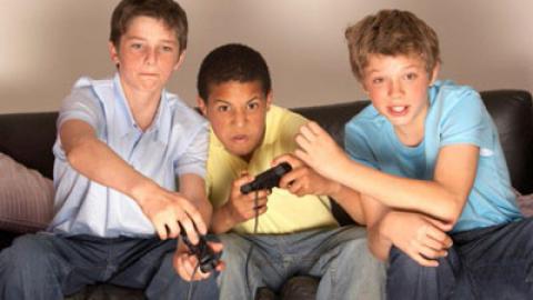 مضرات جسمانی بازی های رایانه ای