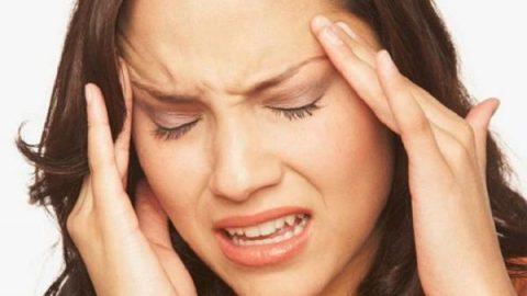 ۸ علت سردرد