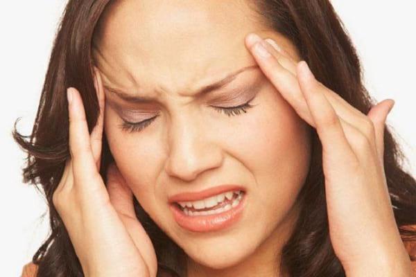 8 علت سردرد