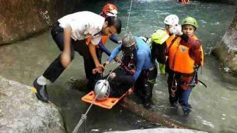 نجات معجزه آسای بانوی کوهنورد