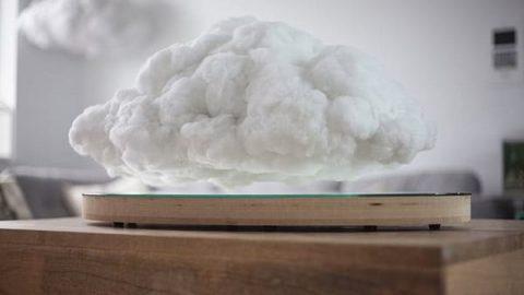 اسپیکر همراه با ابر بارانی!