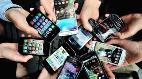 تلفن همراه شما کثیفتر از آن چیزی است که فکر میکنید
