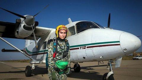 جوانترین دختر چترباز ایران