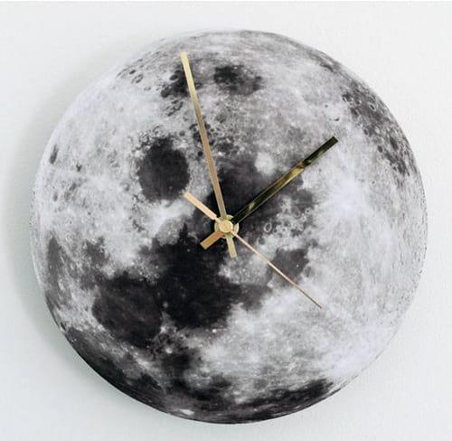 ساعت کره ماه (2)