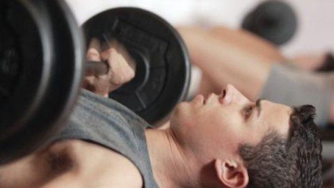 برای عضله سازی وزنه سبک بهتر است یا سنگین؟