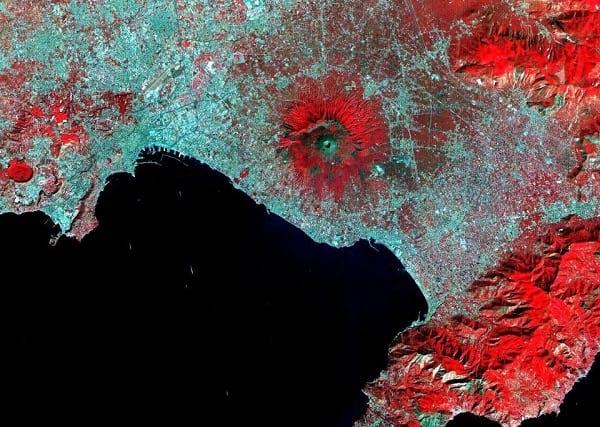 هشدار نشنال جئوگرافیک درباره فعال شدن خطرناکترین آتشفشان اروپا