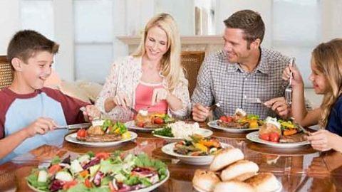 توصیه شهروندی؛ آداب غذا خوردن