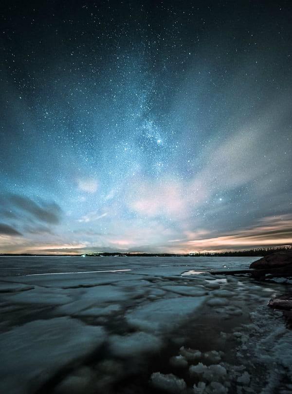 تصاویر حیرت انگیزی که زیبایی های آسمان کشور فنلاند در شب را نشان می دهند!