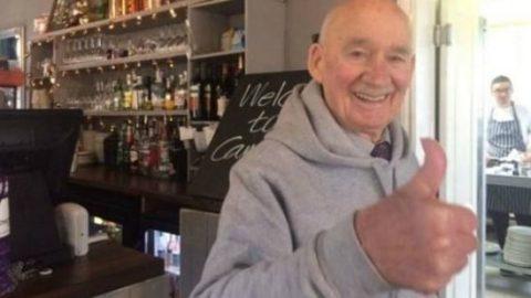 استخدام پیرمردی ۸۹ ساله که آگهی داد حوصلهام سررفته است!