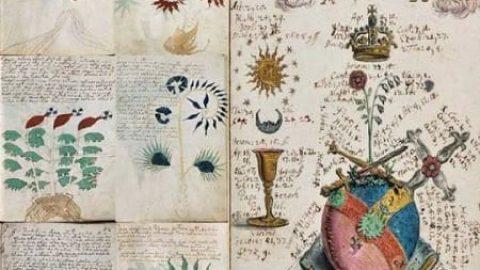 ۱۰ نوشته تاریخی مرموز که هنوز رمزگشایی نشدهاند!