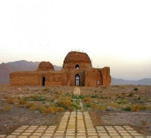 کاخ سروستان، قدیمی ترین گنبد آجری ایران!