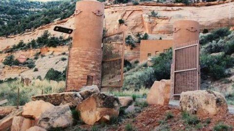 خانه ای زیبا در دل یک غار!