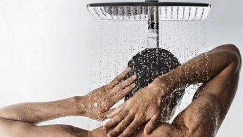 دلایلی برای دوش گرفتن با آب سرد