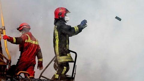 خطر آزبست و سرطان در منطقه پلاسکو؛ تردد بدون ماسک ممنوع