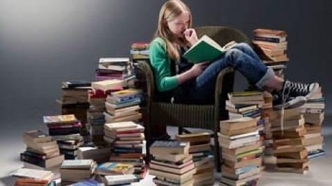 تلویزیونها خاموش، کتاب ها روشن!