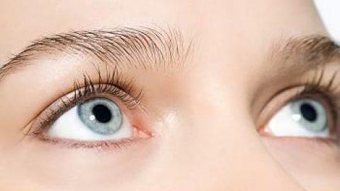 ۶ ماده غذایی برای برطرف شدن سیاهی دور چشم