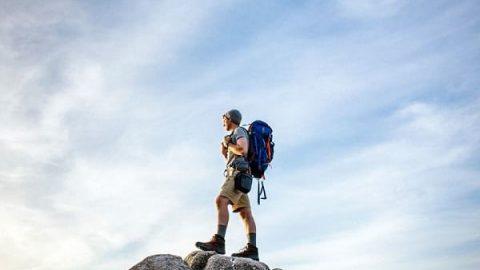 چطور برای سفر ۶ ماهه کوله ببندیم؟