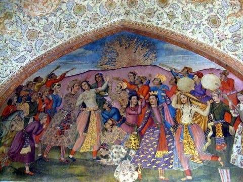 نقاشی از برگزاری جشن چهارشنبه سوری بر دیوار کاخ چهلستون