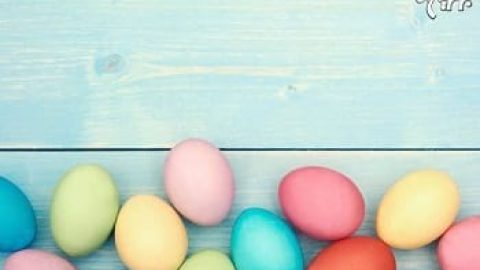 تخم مرغ های عیدتان را با رنگ های طبیعی رنگ کنید