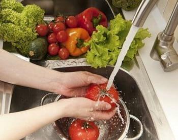 شستشوی میوه (1)
