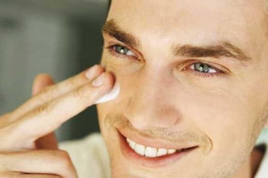 پوست صورت شما حرف می زند!