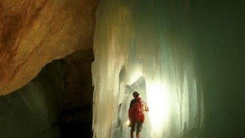 بزرگ ترین غار یخی جهان در اتریش!