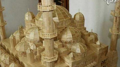 ساخت مسجد کبود ترکیه با ۱۵۰۰۰ چوب بستنی