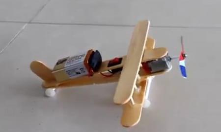 کاردستی هواپیما با چوب