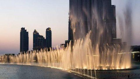 آبنمای دبی؛ بزرگترین رقص موزیکال آب در دنیا (ویدئو)