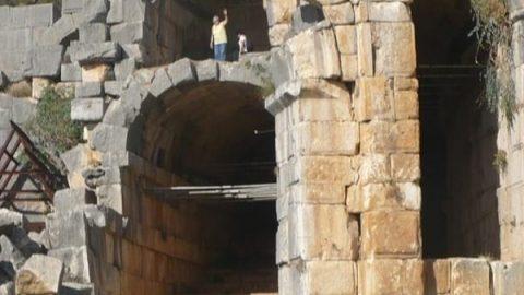 شهرهای باستانی دنیا (شهر میرا در ترکیه )