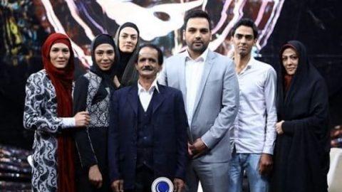 لحظه دیدار خواهران منصوریان با پدرشان بعد از ۱۵ سال (ویدئو)