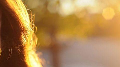 مراقبت از موهای چرب در فصل گرما