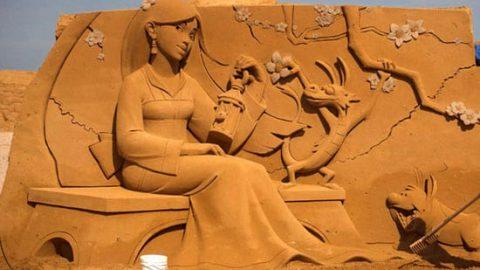 نمایشگاه مجسمههای شنی در بلژیک