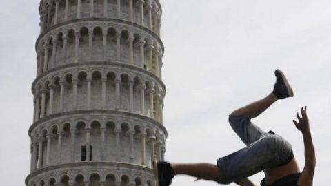 برج کج پیزا سوژه عکسهای گردشگران