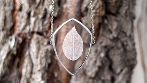 حفظ طبیعت زیبا در جواهرات شیشهای