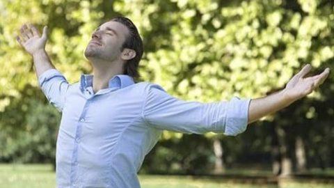 ۱۰ اشتباهی که جلوی شادی و سلامتی شما را میگیرد!