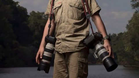 نوجوان عکاسی که پا جای پدرش گذاشت