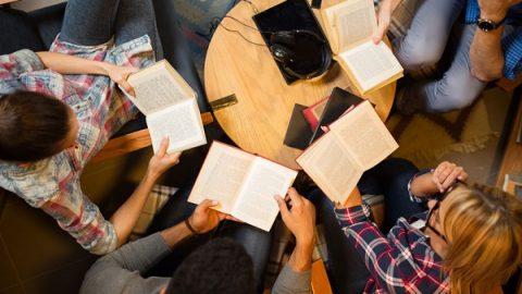 چگونه یک گروه کتابخوانی راه بیندازیم؟