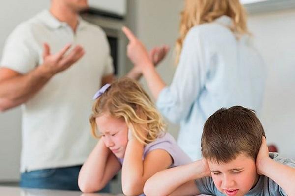 طلاق والدین