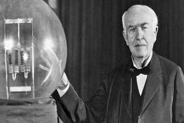 اختراع لامپ