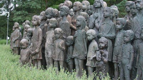 جنگ دوم جهانی و یادبودی برای قربانیان کودک و نوجوان
