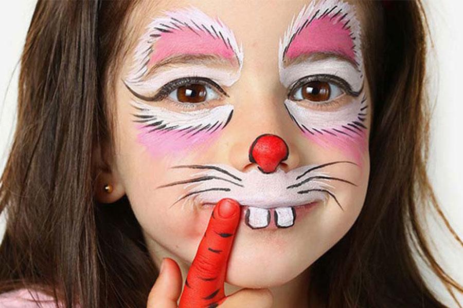 نقاشی روی صورت دختر خرگوش