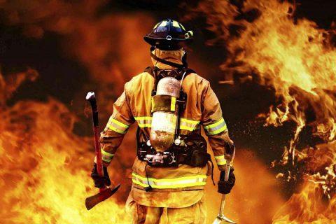 لباس های ضد آتش چطور ساخته می شوند و چگونه کار می کنند؟