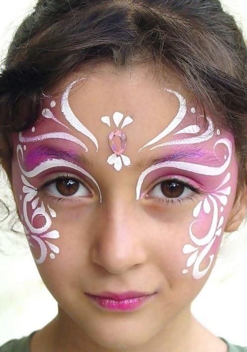 نقاشی پرنسس روی صورت دختربچه ها
