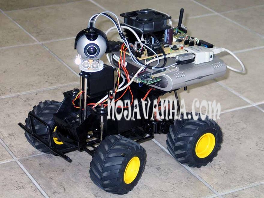 یکی از ربات های مسیریاب