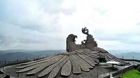 بزرگ ترین مجسمه پرنده در جهان